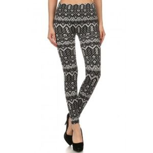 Tribal Navy and Gray Print Plushed Lined Leggings
